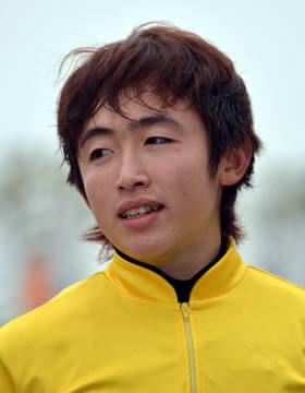 藤田菜七子騎手がかわいい!彼氏は厩務員の松若風馬?
