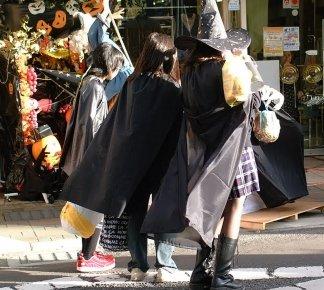 渋谷ハロウィン2018の着替え場所やトイレの情報まとめ